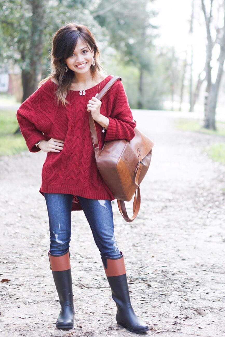 Rain boots, winter look, oversized sweater, Outfit for under $100