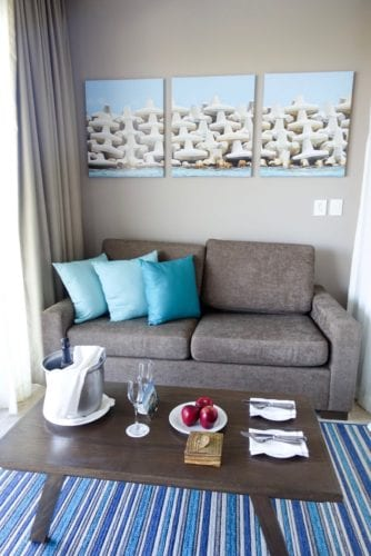 junior suite_ocean view_sitting area