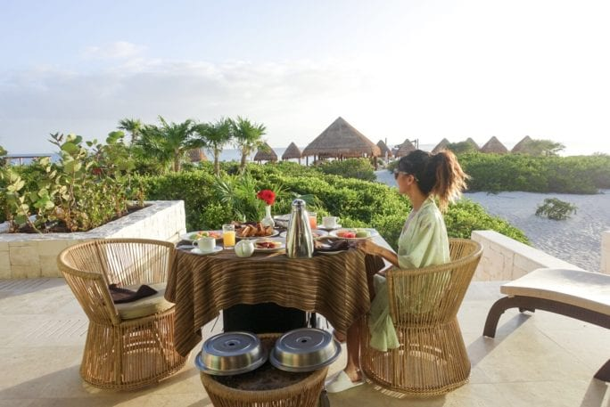 Dreams Resort_mexico_breakfast_sunrise