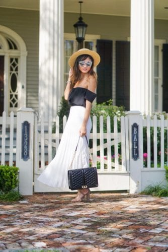 church style, sunday best, pleated skirt, summer look, spring look, black jumbo love cross body