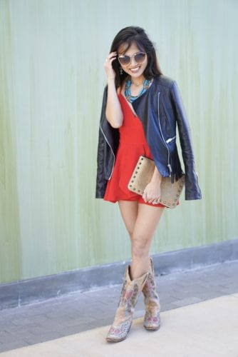 RODEO OUTFIT, COWBOY BOOTS, FRINGE JACKET, STUDDED CLUTCH, RODEO LOOK, COUNTRY CHIC