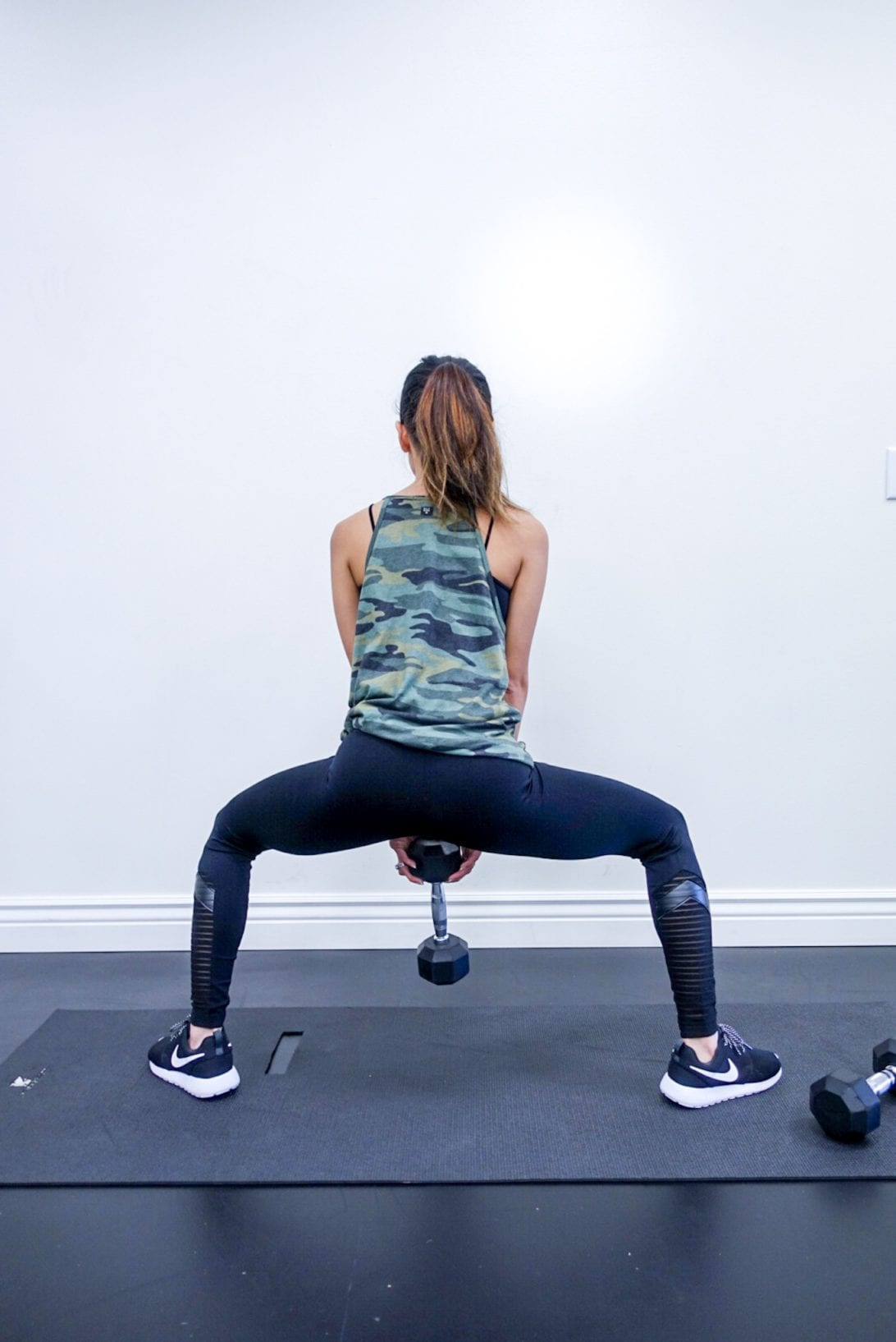 sumo squat, buckle, workout outfit, camo Your 6 Minutes Legs Workout by Houston fitness blogger Dawn P. Darnell