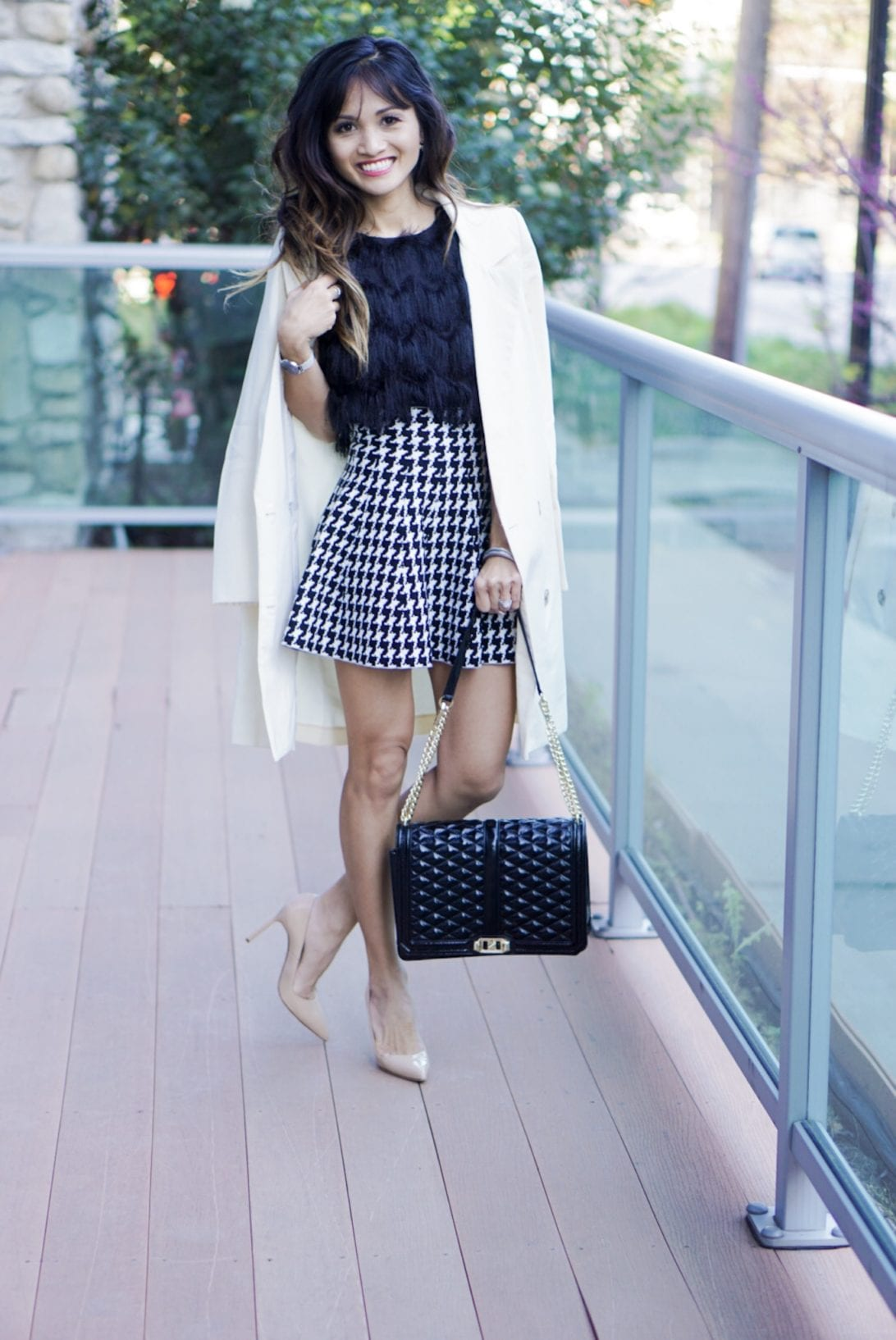 20 Easy Tips for the Best Instagram Post by Houston fashion blogger Dawn P. Darnell - rebecca minkoff, blazer, chicwish, houndstooth skirt, nude heels, fringe top