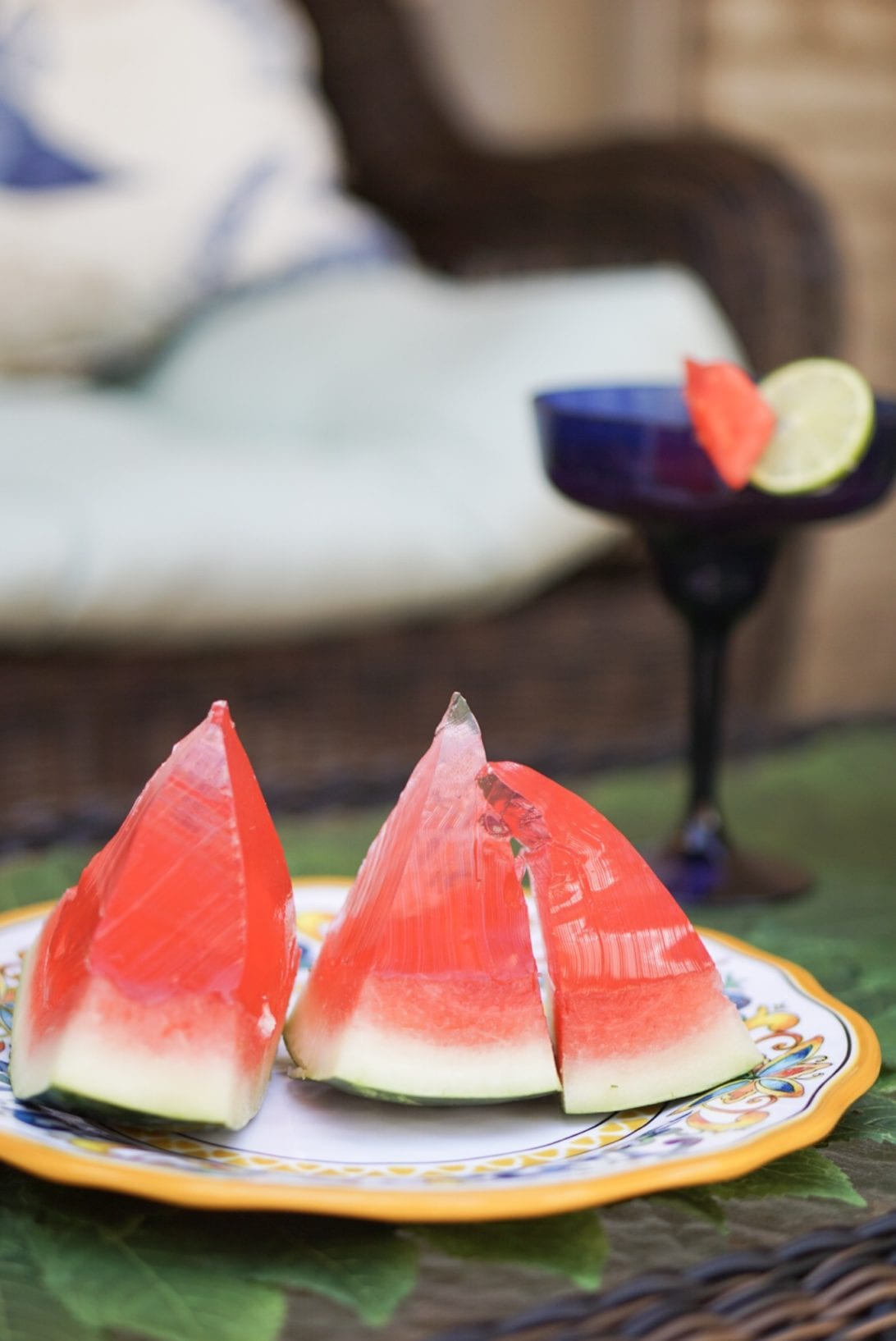 Easy to Make Watermelon Drinks for Summer, watermelon drinks, watermelon sangria, watermelon jello shots, alcoholic drinks, party drinks, summer drinks, beverages, memorial day, jello shots, watermelon