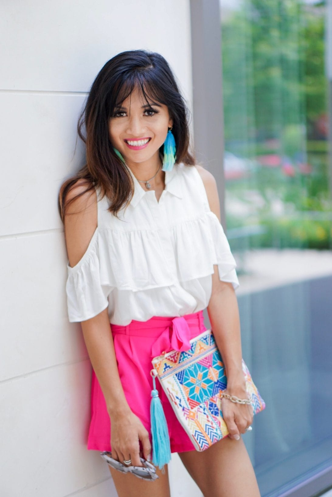 cold shoulder top, ruffle top, ombre earrings, tassel tiered earrings, tassel clutch, embroidered clutch, tie front shorts, summer style, summer look