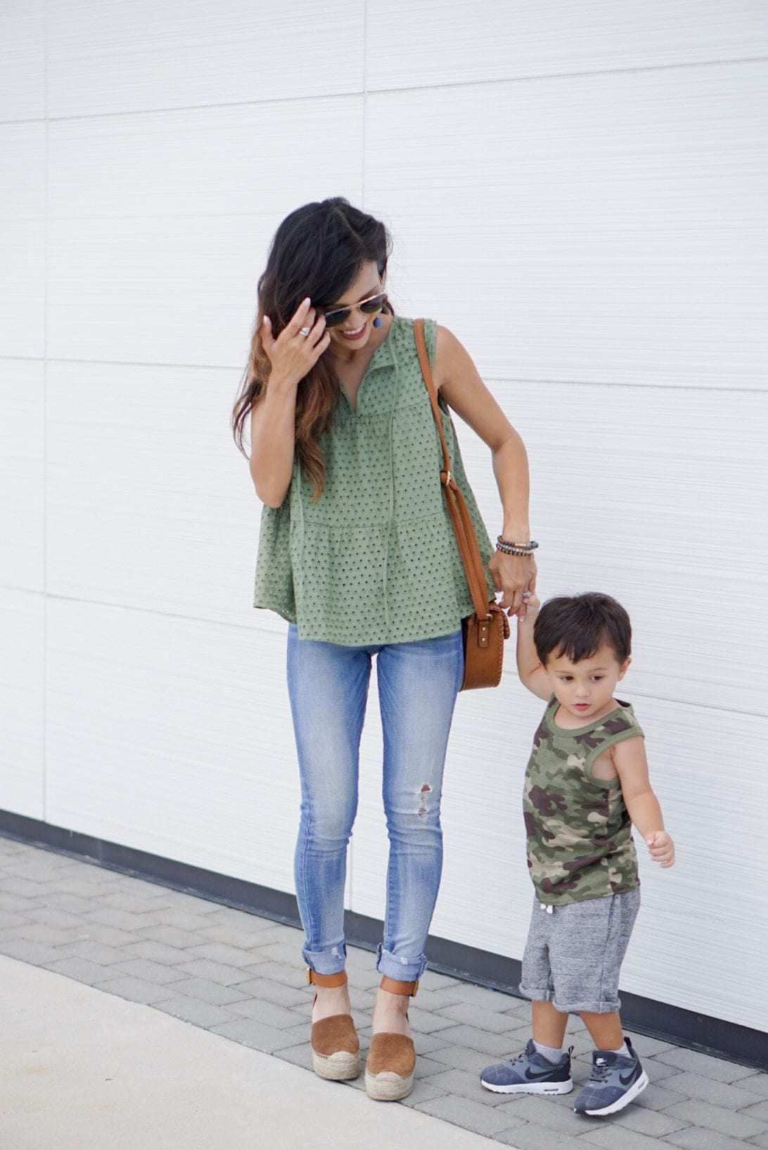 TRUE CRAFT Eyelet Tiered Tank, mom style, mommy and me style, back to school, peplum top, marc fisher wedges, aaron platform wedge, boy mom, mommy and son, skinny jeans