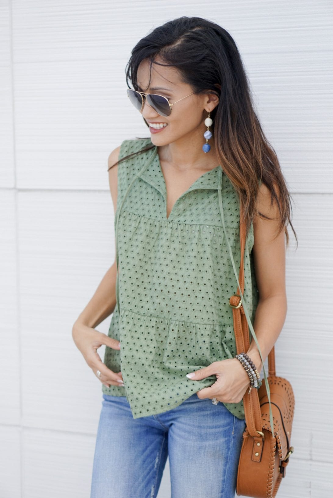 TRUE CRAFT Eyelet Tiered Tank, mom style, mommy and me style, back to school, peplum top, marc fisher wedges, aaron platform wedge, aviators, skinny jeans