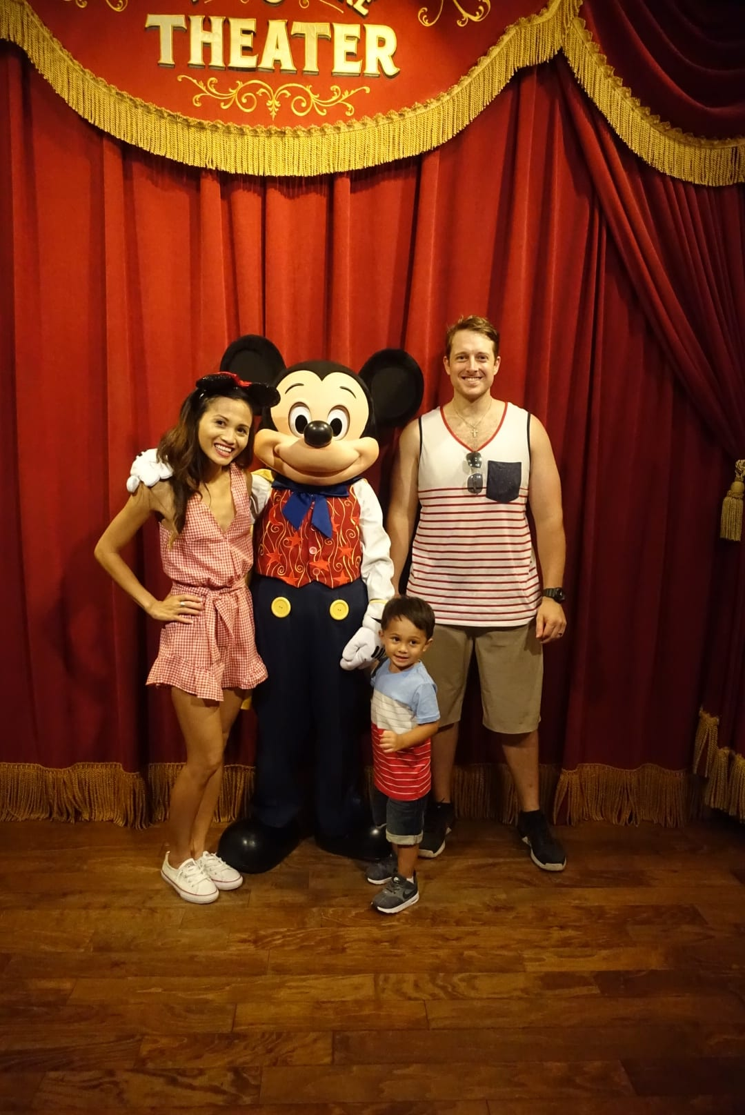 DISNEY WITH A TODDLER, TIPS FOR FAMILIES VISITING DISNEY, DISNEY WORLD, WHAT TO DO IN DISNEY WORLD, VISITING DISNEY WORLD, FIRST TIME IN DISNEY WORLD, VISITING DISNEY WORLD WITH A TODDLER, Mickey Mouse, Mickey Mouse THEATRE