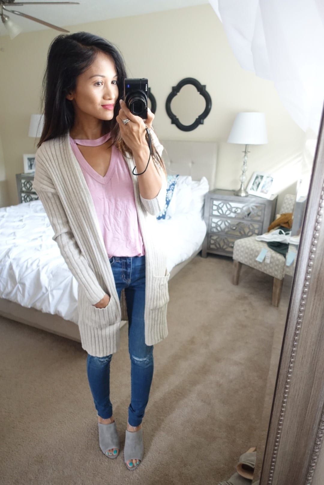 nordstrom anniversary sale, rib knit cardigan, high waisted denim, choker t-shirt, grey mules