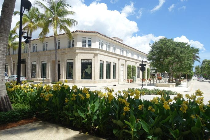 Jupiter beach, Florida, treasure coast, palm beach, west palm beach, visit Florida, travel tips, Jupiter beach resort, worth avenue, shopping