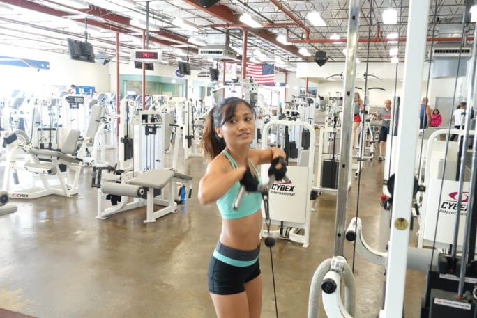 5 Upper Body Cable Exercises, cable exerces, upper body workouts, tricep pull downs, reverse girl trice pull down, high pulls, delt row, exercises, upper body exercises, shoulder workouts, arm workout, tone arms,