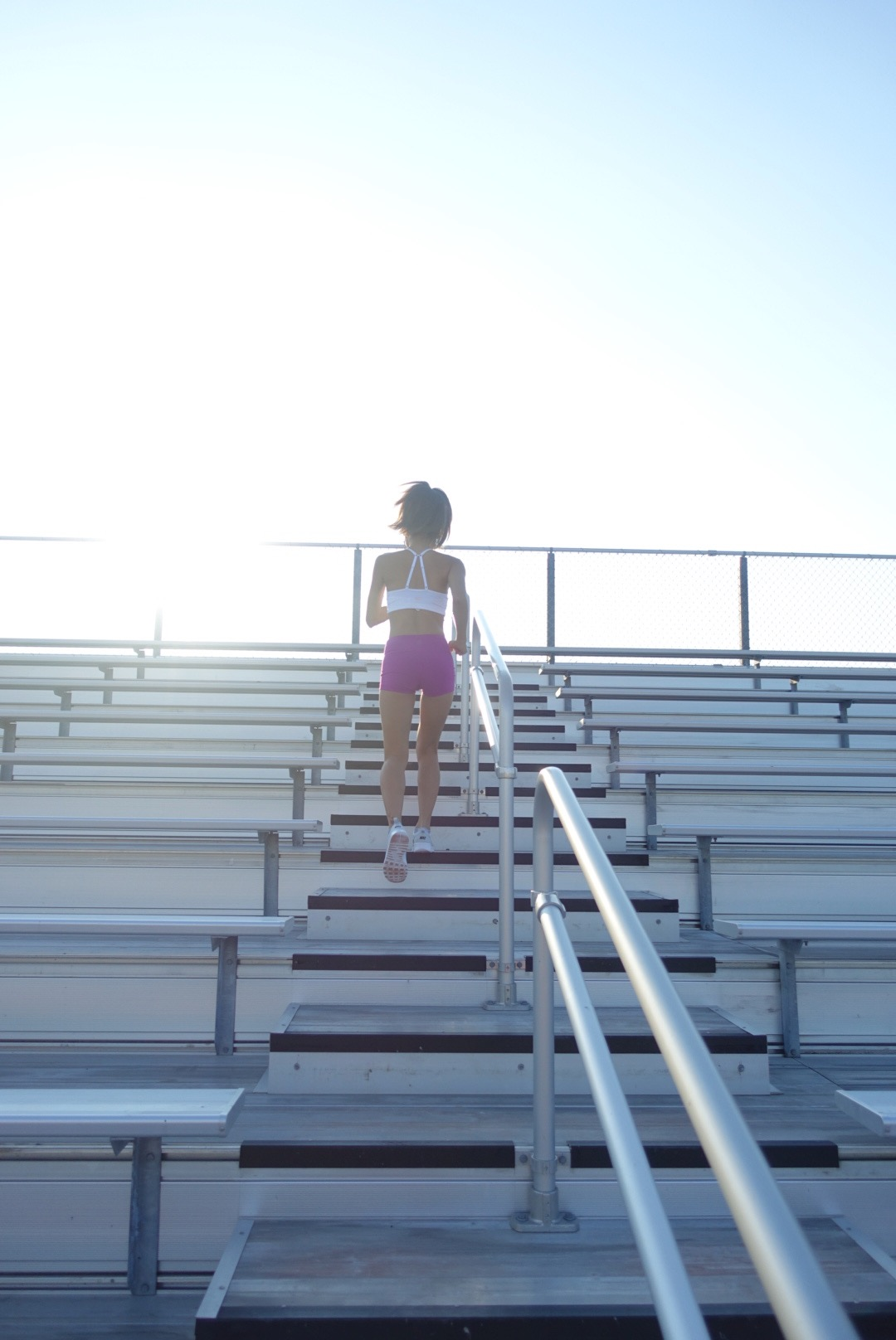 bleacher workouts, family exercises, full body exercises, full body workouts, step ups, high knees, incline push-ups, tricep dips, side lunges, jump squats, bleacher jumps, bleacher sprints, plyometrics, outdoor workout, fit mom, fitness after baby, fitness family