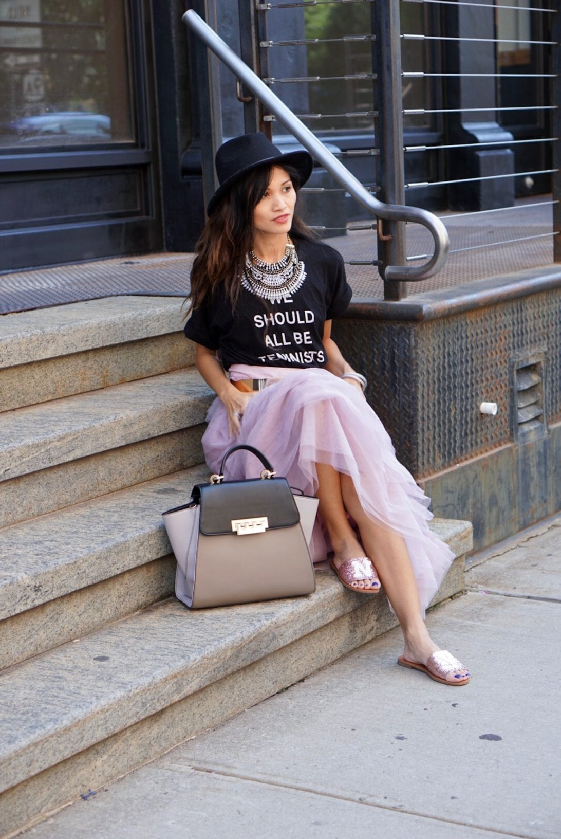NYC STREET STYLE, New York FASHION WEEK, New York CITY, NYFW 2017, NYFW STREET STYLE, STREET STYLE, FEMINIST, TULLE SKIRT, SEX AND THE CITY OUTFIT, NY GLITTER FLATS, ZAC ZAC POSEN BAG, FEDORA