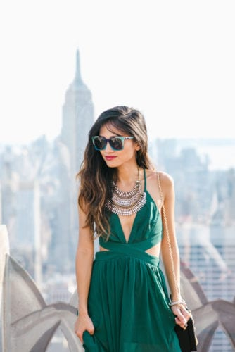 NYFW 2017, NYFW, New York FASHION WEEK, NYC travel guide, things to do in NYC, places to take pictures in NYC, top of the rock, Rockefeller center, pared sunglasses, green dress,