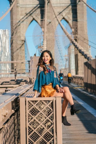 NYFW, NYFW OUTFIT, NYFW STREETSTYLE, New York FASHION WEEK, NYFW 2017, BROOKLYN BRIDGE, BROOKLYN BRIDGE PHOTO SHOOT, AGACI, SATIN SKIRT, RUFFLE TOP, BLACK STUDDED BOOTIES. SCARF, TIE SCARF