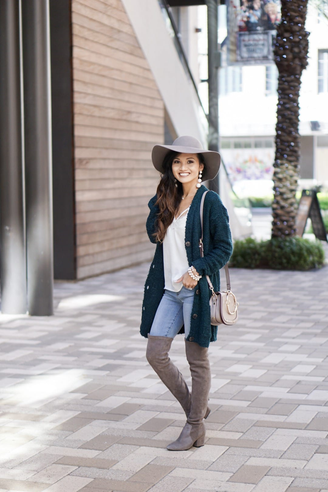 evereve, #dresslikemom, Chloe, amazon, Chloe dupe, mom style, mom fashion, gray floppy hat, gray over the knee boots, white bodysuit, Chloe dupe, mom tribe, mommy and me style