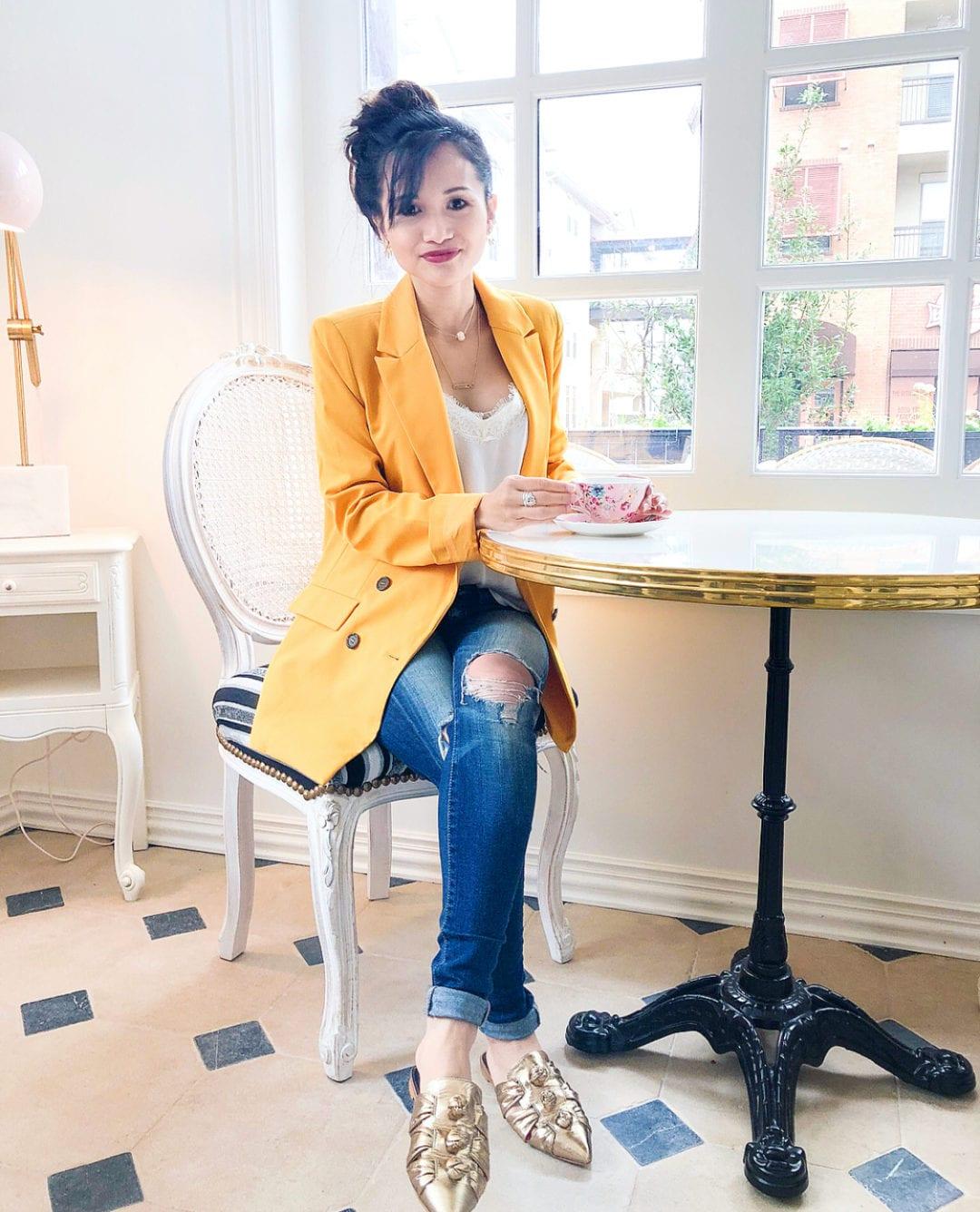 Cafe Poetes, cafes in Houston, Brunch spots in Houston, Houston restaurants, Instagram worthy restaurants, Rebecca mink off mules, yellow blazer, French inspired cafes