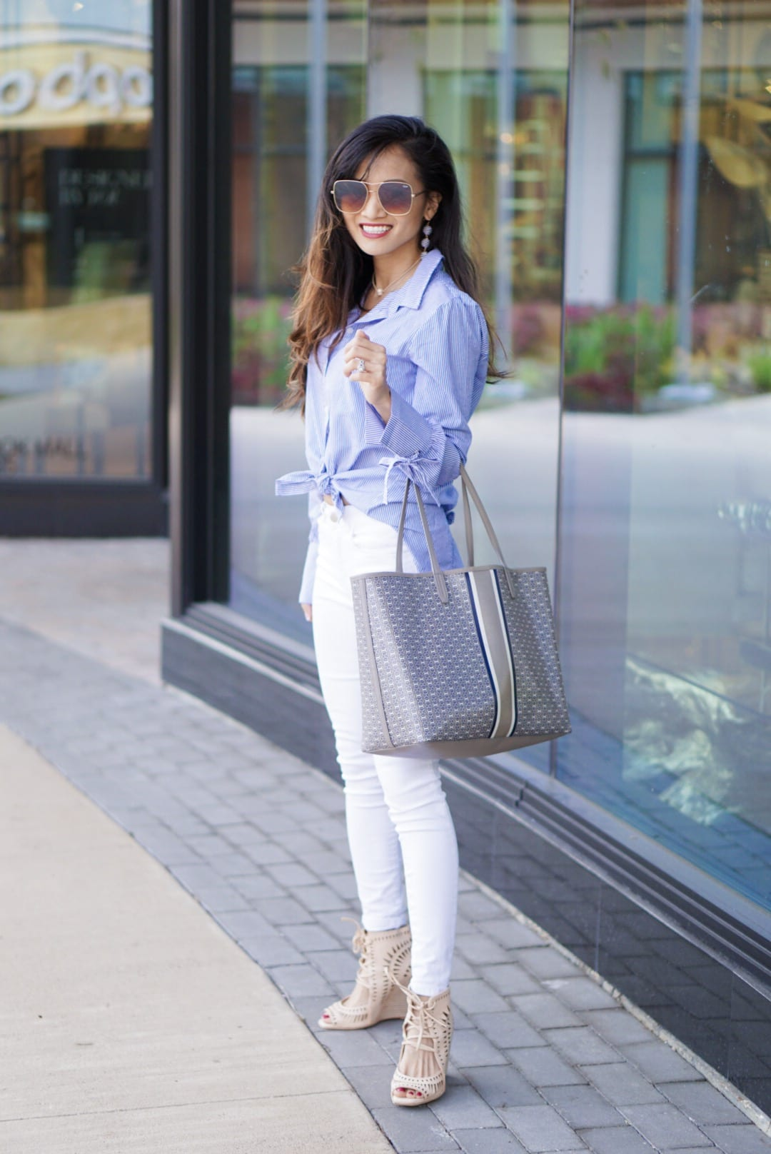 BLUE AND WHITE STRIPED BUTTON DOWN, WHITE PANTS, SPRING LOOK, SPRING STYLE, SANCTUARY TOP, MOM STYLE, MOM FASHION,JEFFREY CAMPBELL WEDGES,  Tory burch gemini link tote, bauble bar earrings, quay sunglasses