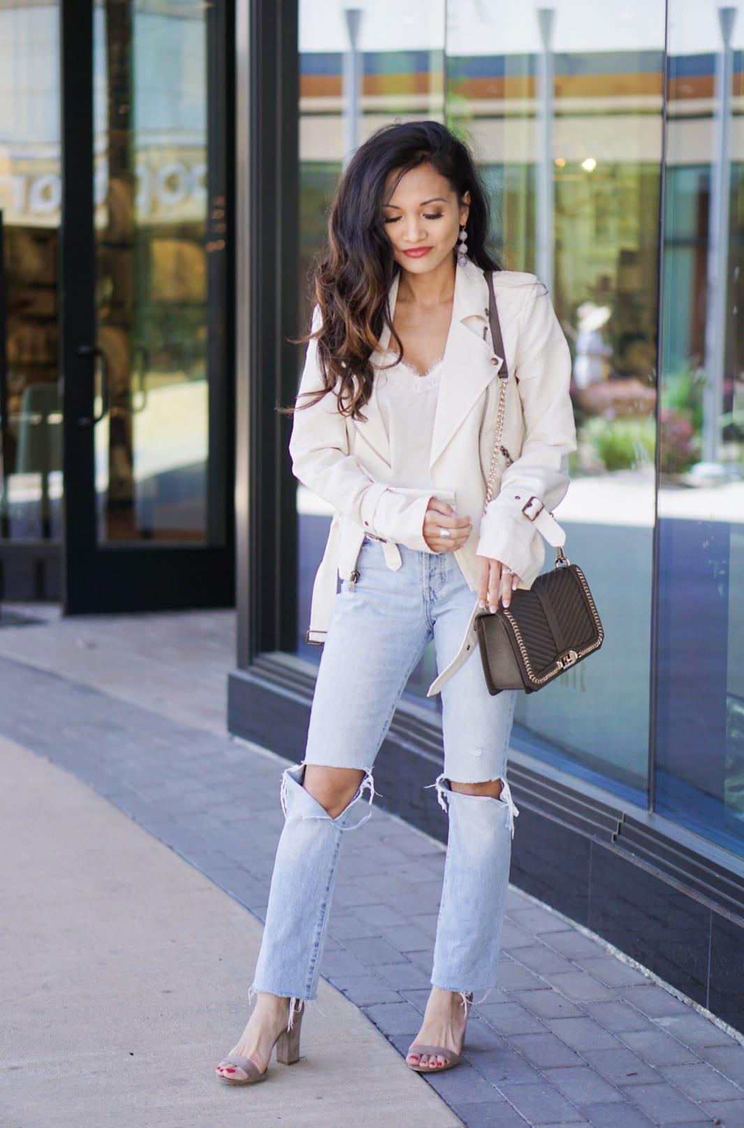 #summerstyle, #summerjackets, #summerfashion,#houstonblogger, #dawnpdarnell, white jacket, moto jacket, white cami, busted knee crops, Levi's, Paige Denim, Rebecca Minkoff Love crossbody bag, blazer