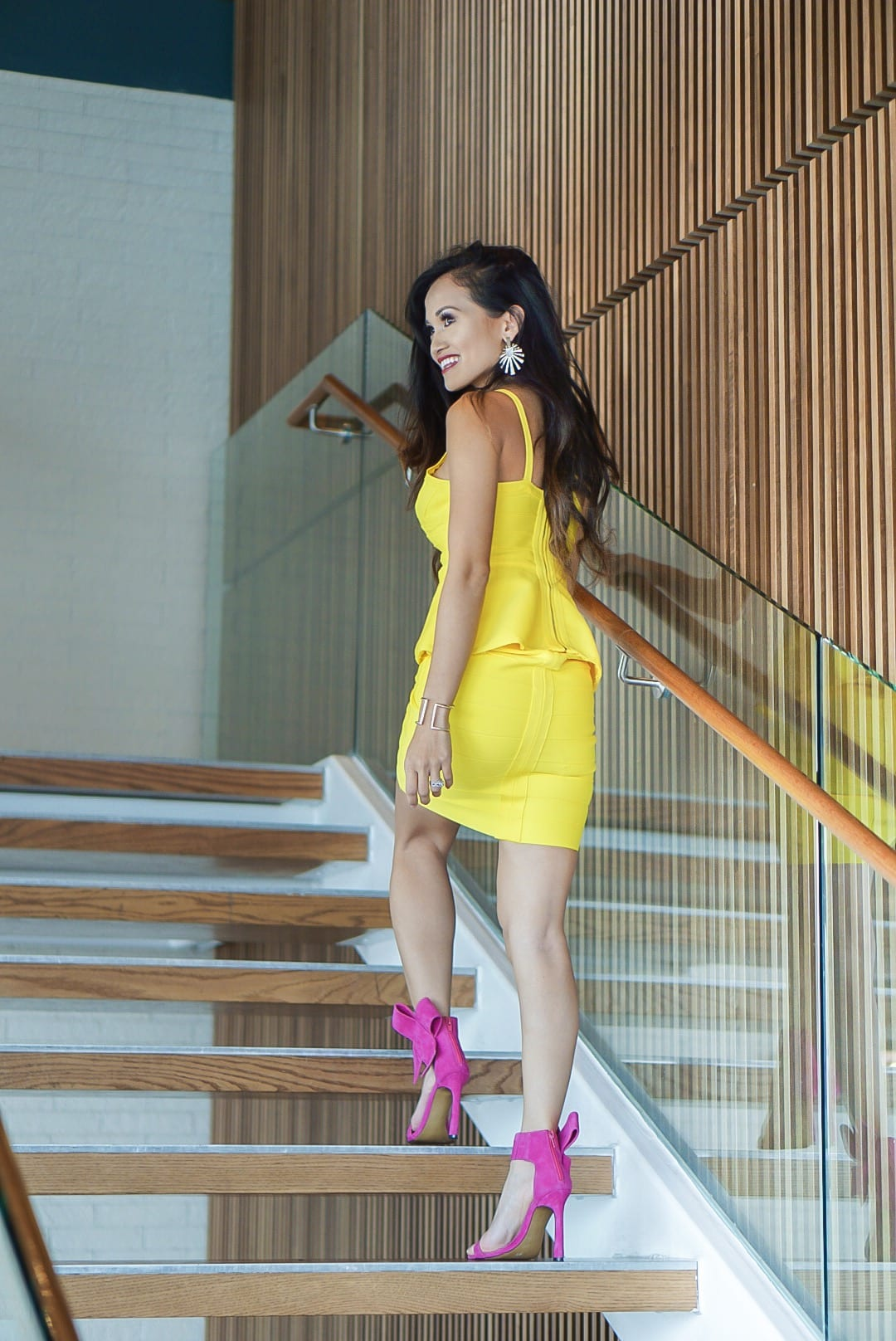 yellow dress, bandage dress, pink heels. bow heels, Moxie Houston, birthday outfit, thirty, birthday brunch, #springstyle #birthdayoutfit #thirtyandthriving, #houston, #houstonblogger