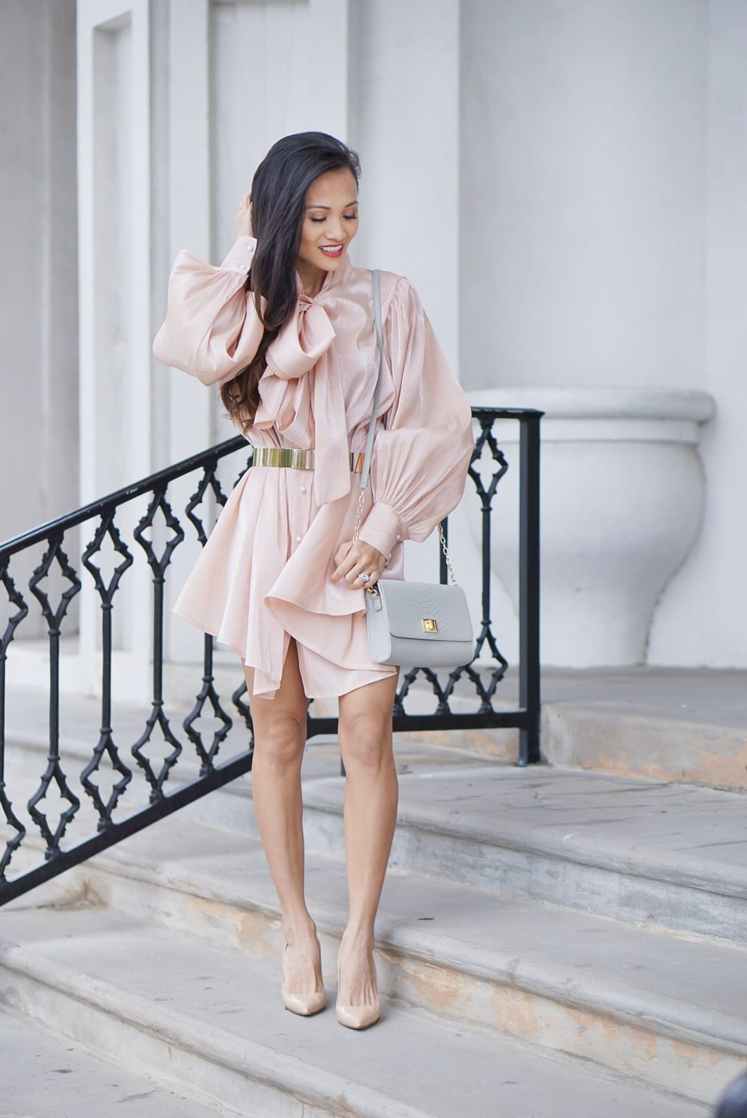 bow tie dress, pink tunic, #workwear, summer style, puff sleeves, Manolo blanik, Kendra Scott earrings, Gigi New York bag, interns, #bloggingtips, blogging tips, hiring interns, interviewing interns
