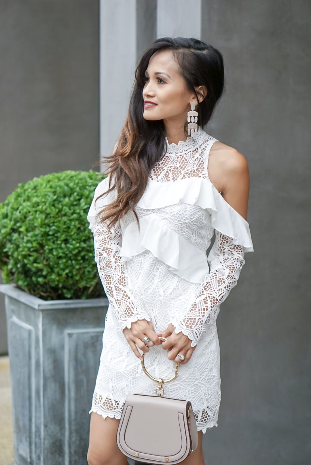 royal wedding, royal wedding, engagement dress, derby dress, bridal shower dress, little white dress, Kendra Scott earrings, nude heels, nude pumps, tea time style, royal wedding style #whitedress, #royalwedding, #bridalshowerdress