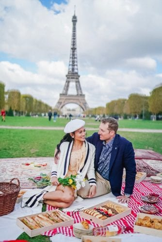 Eiffel Tower picnic, engagement photo, Paris, France, picnic in front of Eiffel Tower