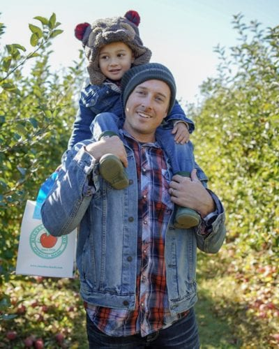 Russell Orchards, Apple picking, dad and son