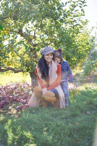 apple orchard, mommy and me