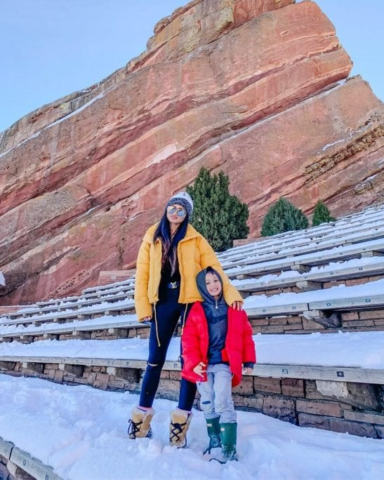 MOMMY AND ME STYLE, RED ROCK AMPITHEATRE, BOY HUNTER BOOTS, YELLOW BOMBER JACKET, QUAY SUNGLASSES, GREEN HUNTER BOOTS