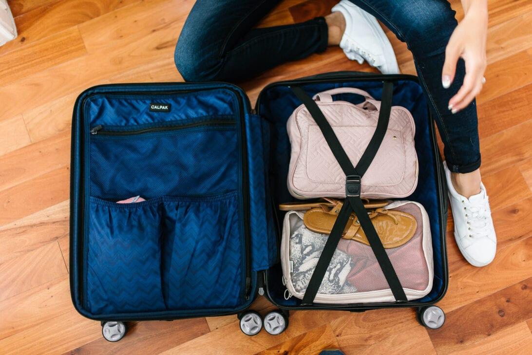 packing cubes, packing organizers