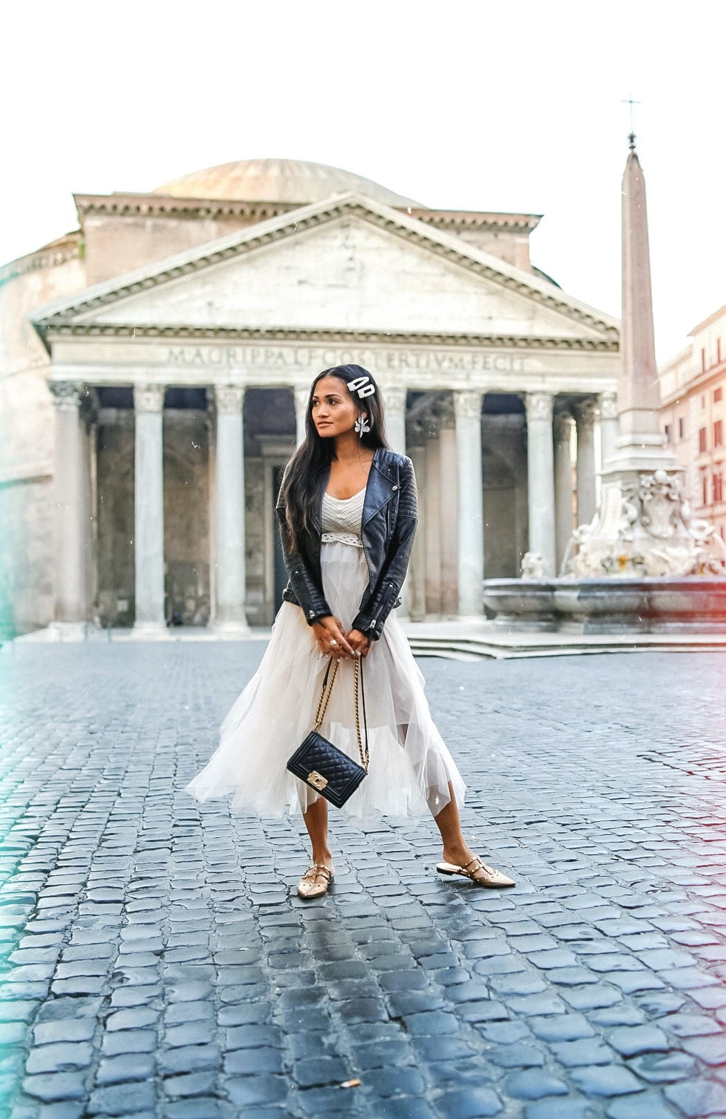 Pantheon, what to wear in Rome, Rome style, Rome outfit, Chanel Boy bag black