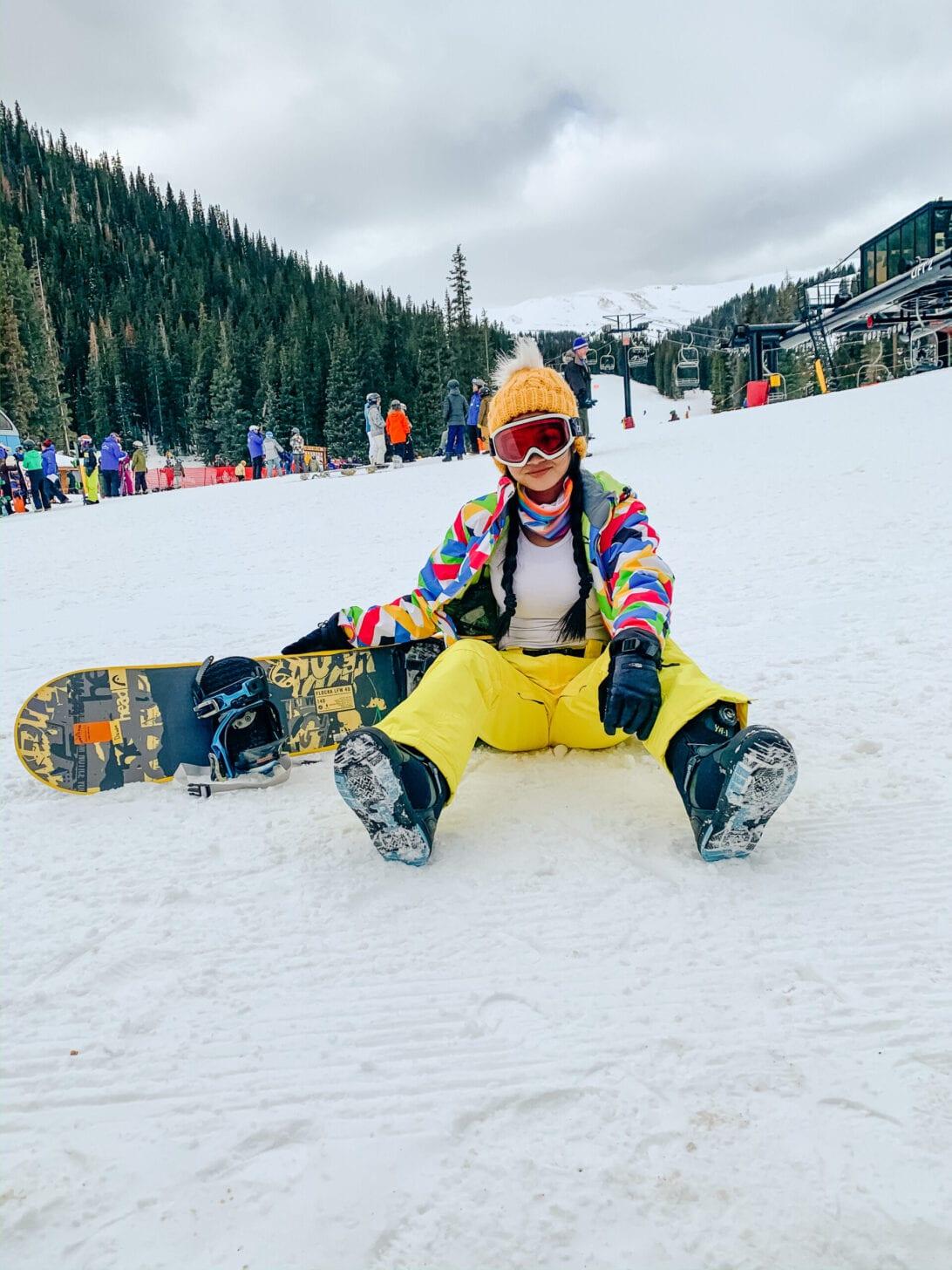 SNOWBOARDING, SNOW BOARDING, SLOPES, LOVELAND PASS