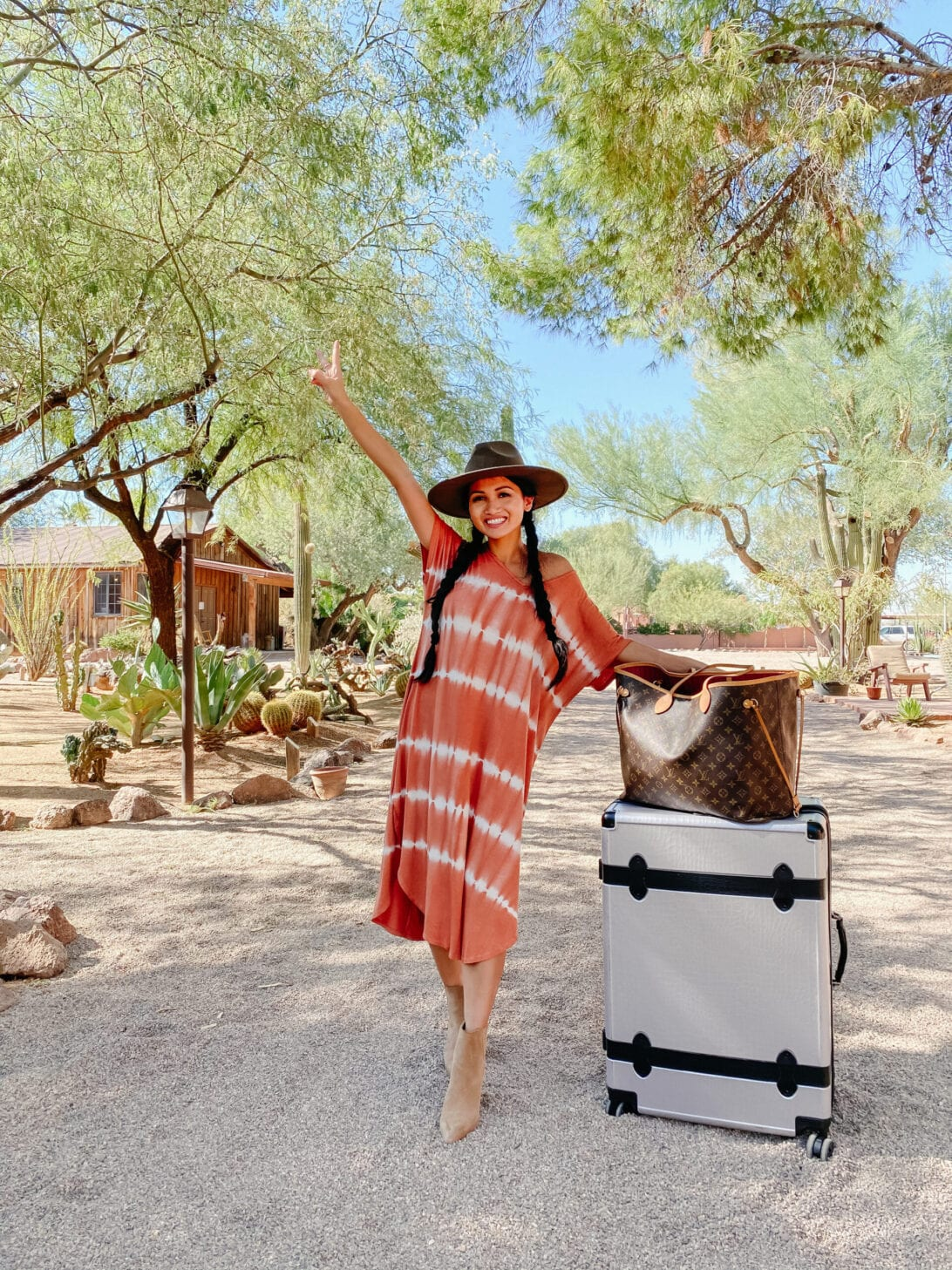 TIE DYE MAXI DRESS, CALPAK LUGGAGE, LV NEVERFULL, Louis Vuitton NEVERFULL