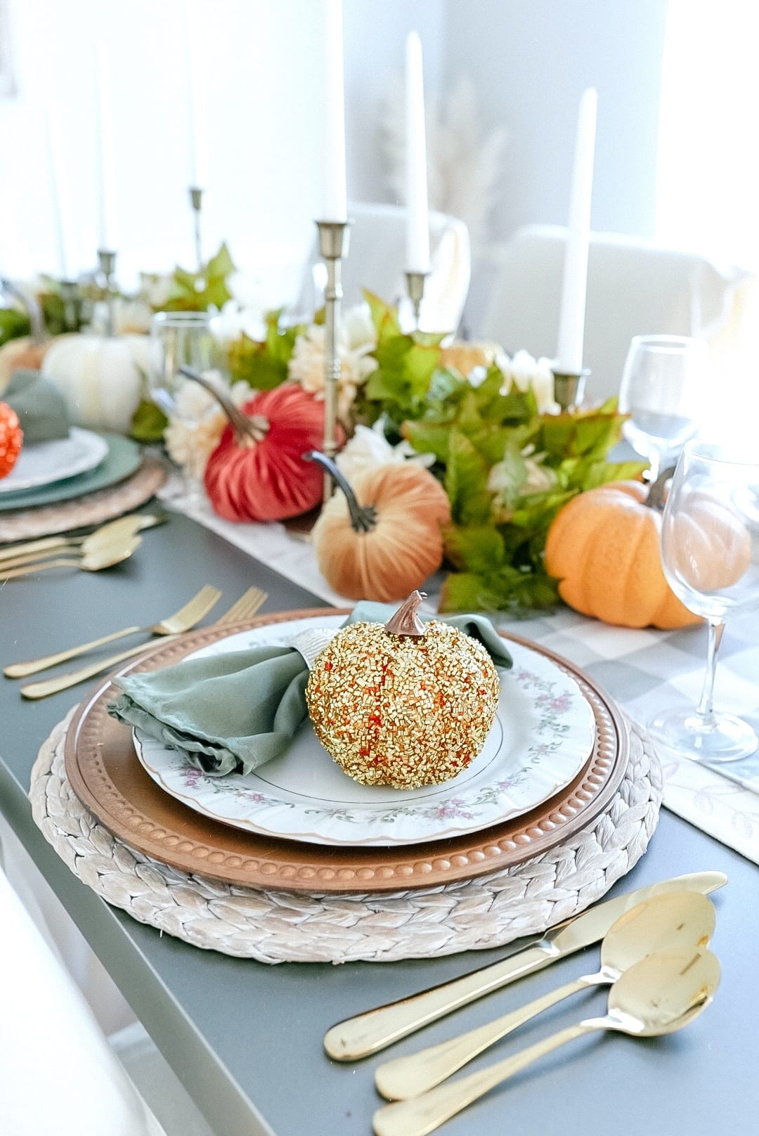 Fall glam table setting, gold table setting, gold silverware, gold flatware