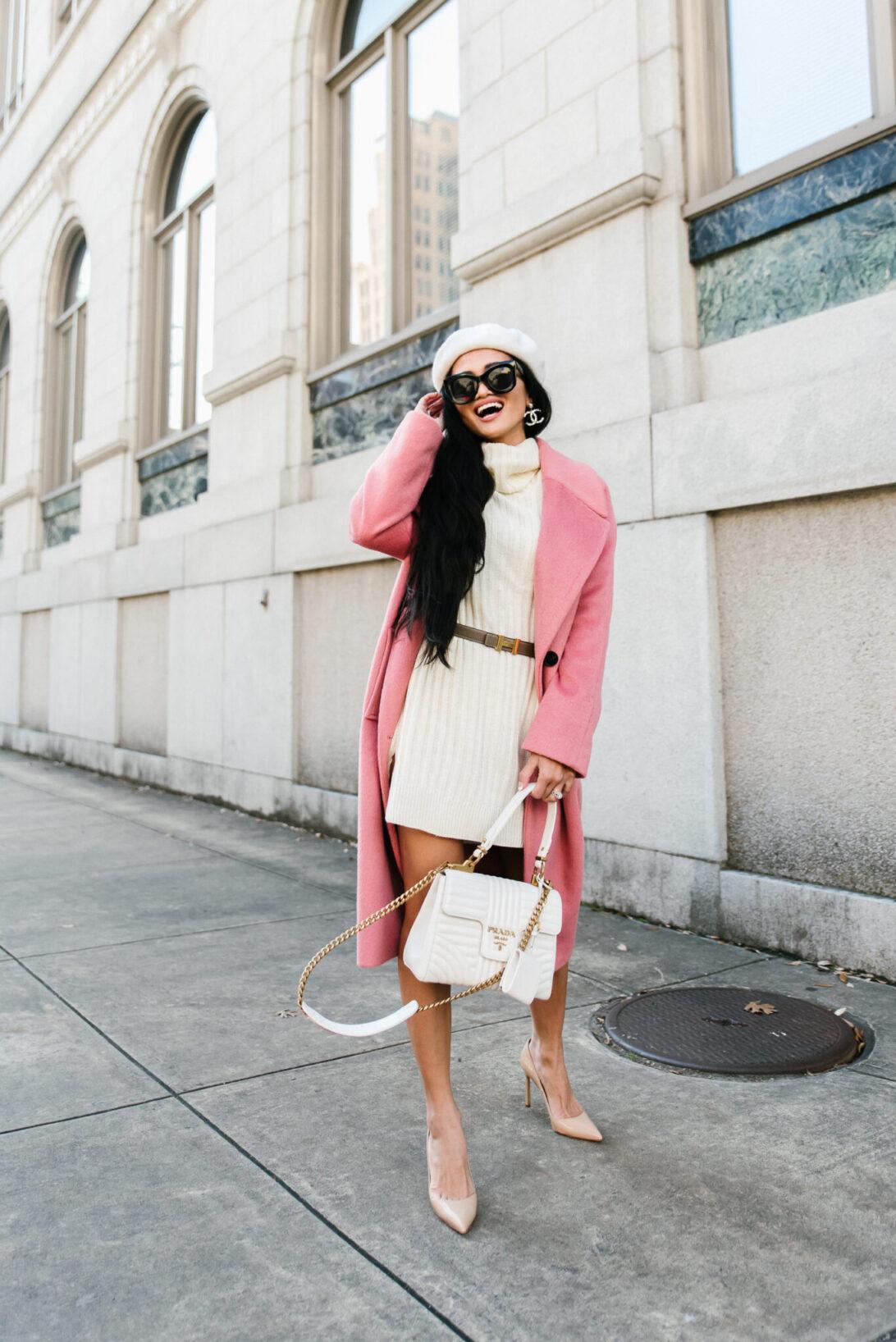 PRADA DIAGRAMME BAG, WHITE PRADA BAG, WHITE DESIGNER BAG, WHITE SWEATER DRESS, PARISIAN OUTFIT, VALENTINES LOOK