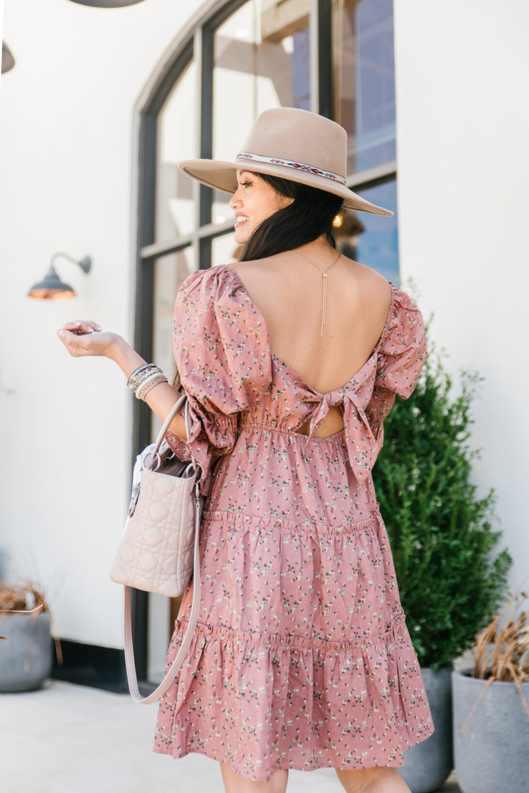 tie back dress, RED DRESS, FEDORA, PUFF SLEEVES