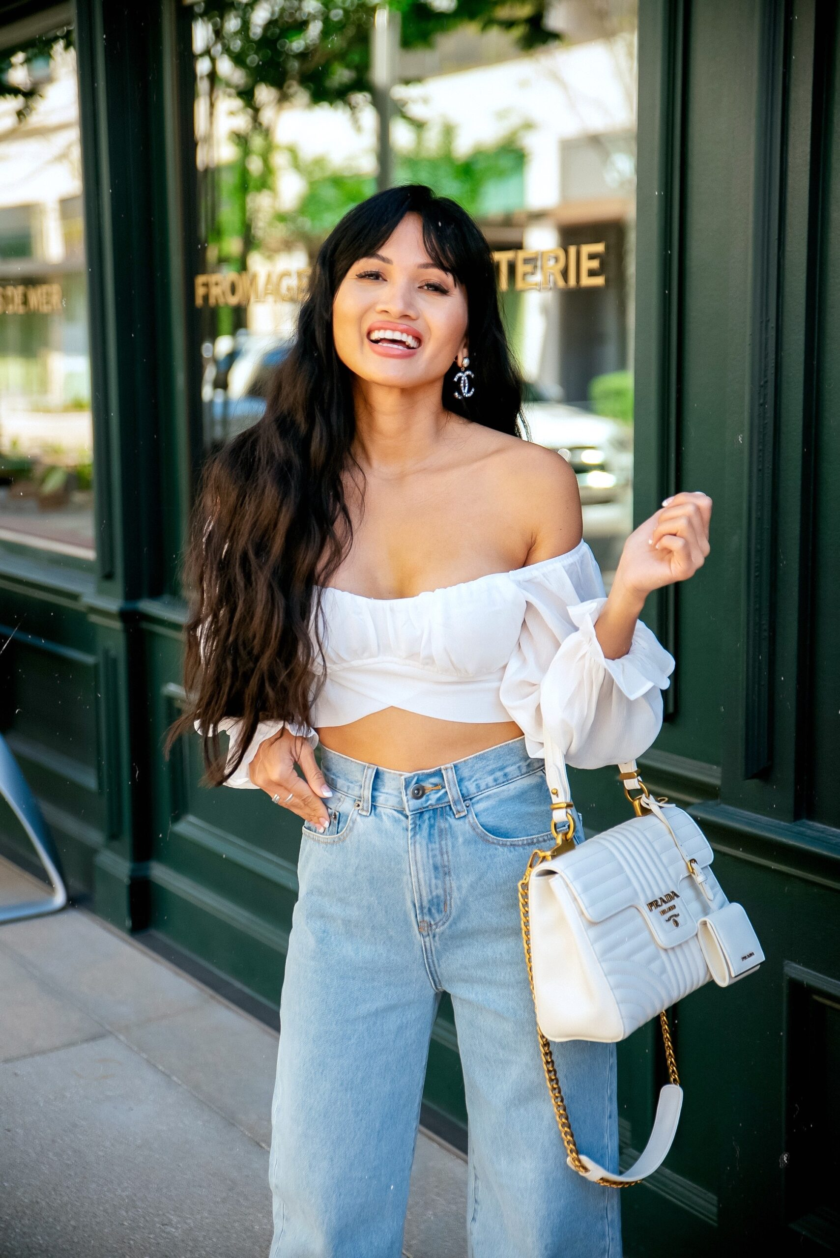 SUMMER CROP TOP, SUMMER STYLE, HIGH WAISTED JEANS, SUMMER JEANS, CHANEL